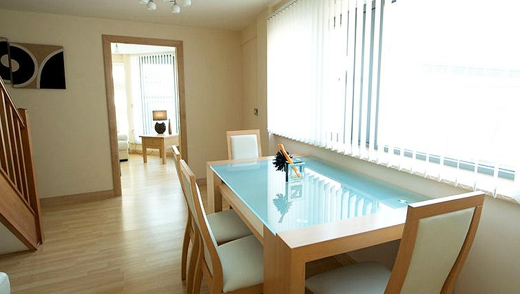Bright dining area in Deansgate Apartments - Citybase Apartments