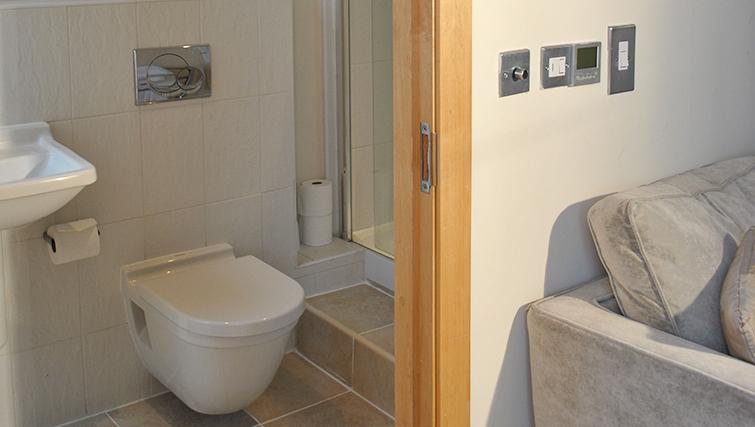 Modern bathroom at Deansgate Apartments - Citybase Apartments