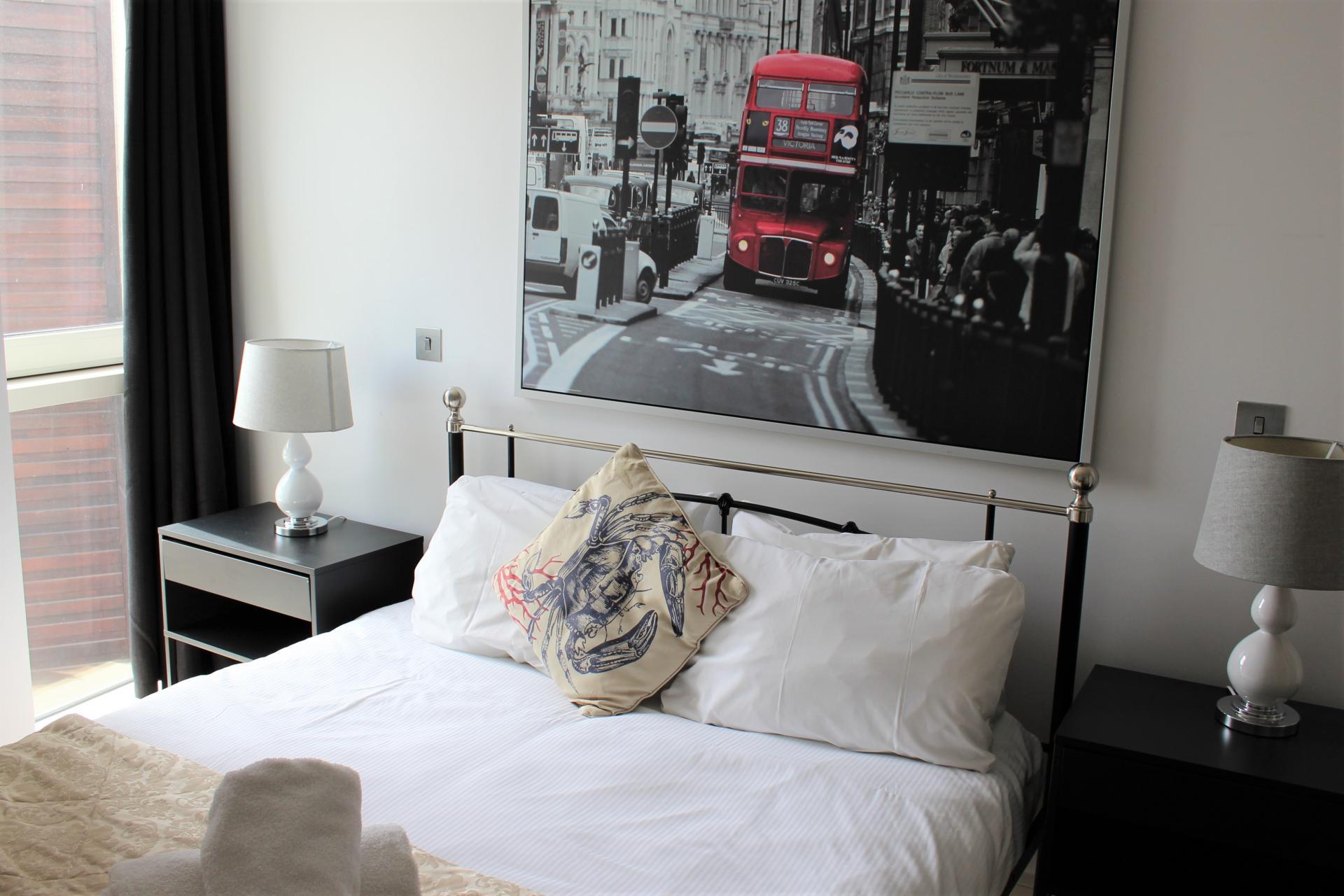 Bed at Gunwharf Quays Apartments, Gunwharf Quays, Portsmouth - Citybase Apartments