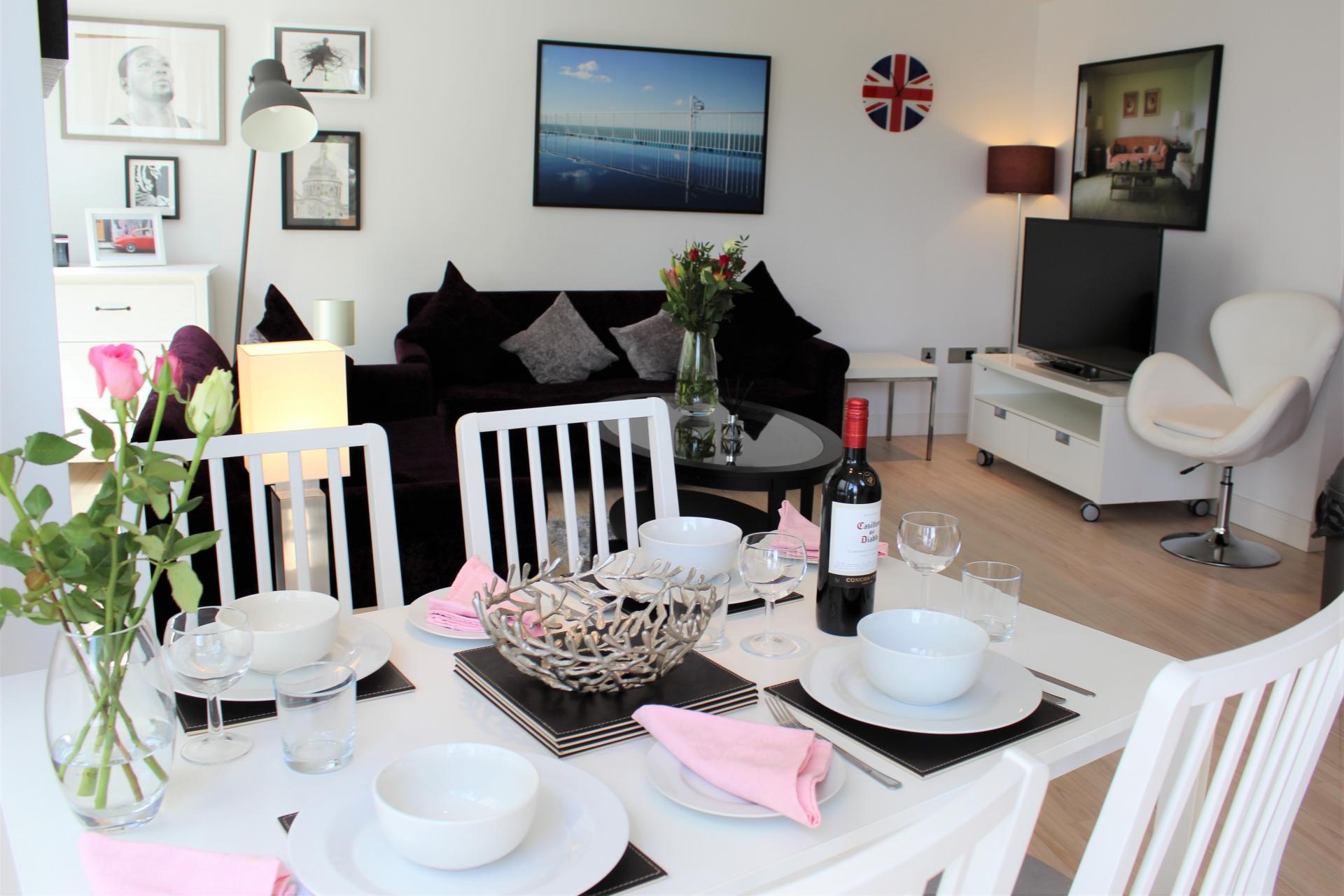 Dining table at Gunwharf Quays Apartments, Gunwharf Quays, Portsmouth - Citybase Apartments