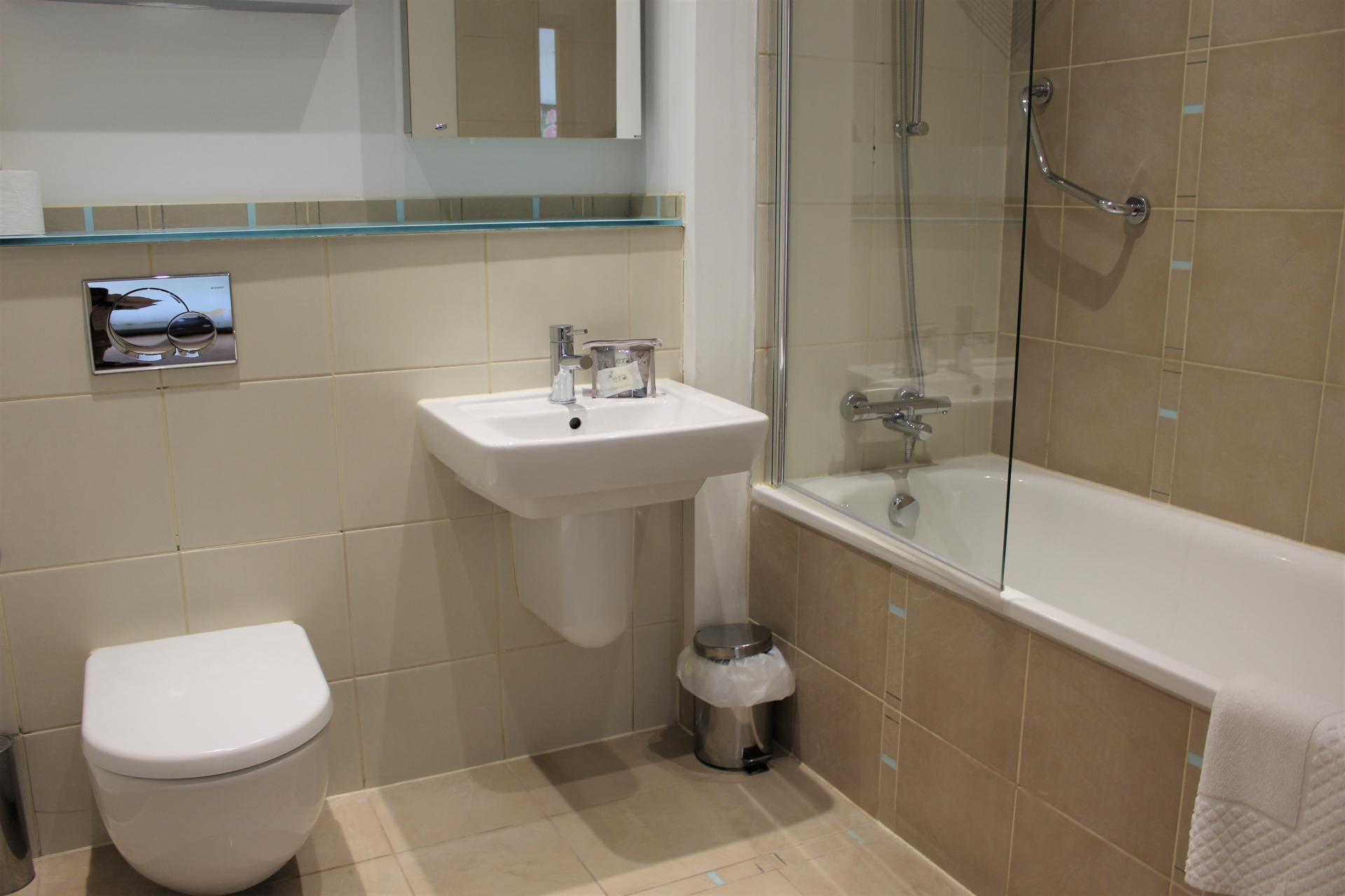 WC at Gunwharf Quays Apartments, Gunwharf Quays, Portsmouth - Citybase Apartments