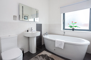 Stunning bath at Bloom Apartments, Centre, Manchester - Citybase Apartments