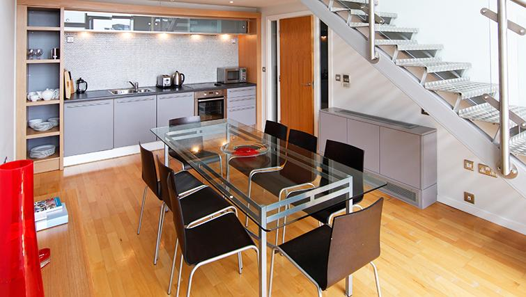 Equipped kitchen in SACO Birmingham - Brindley Place - Citybase Apartments