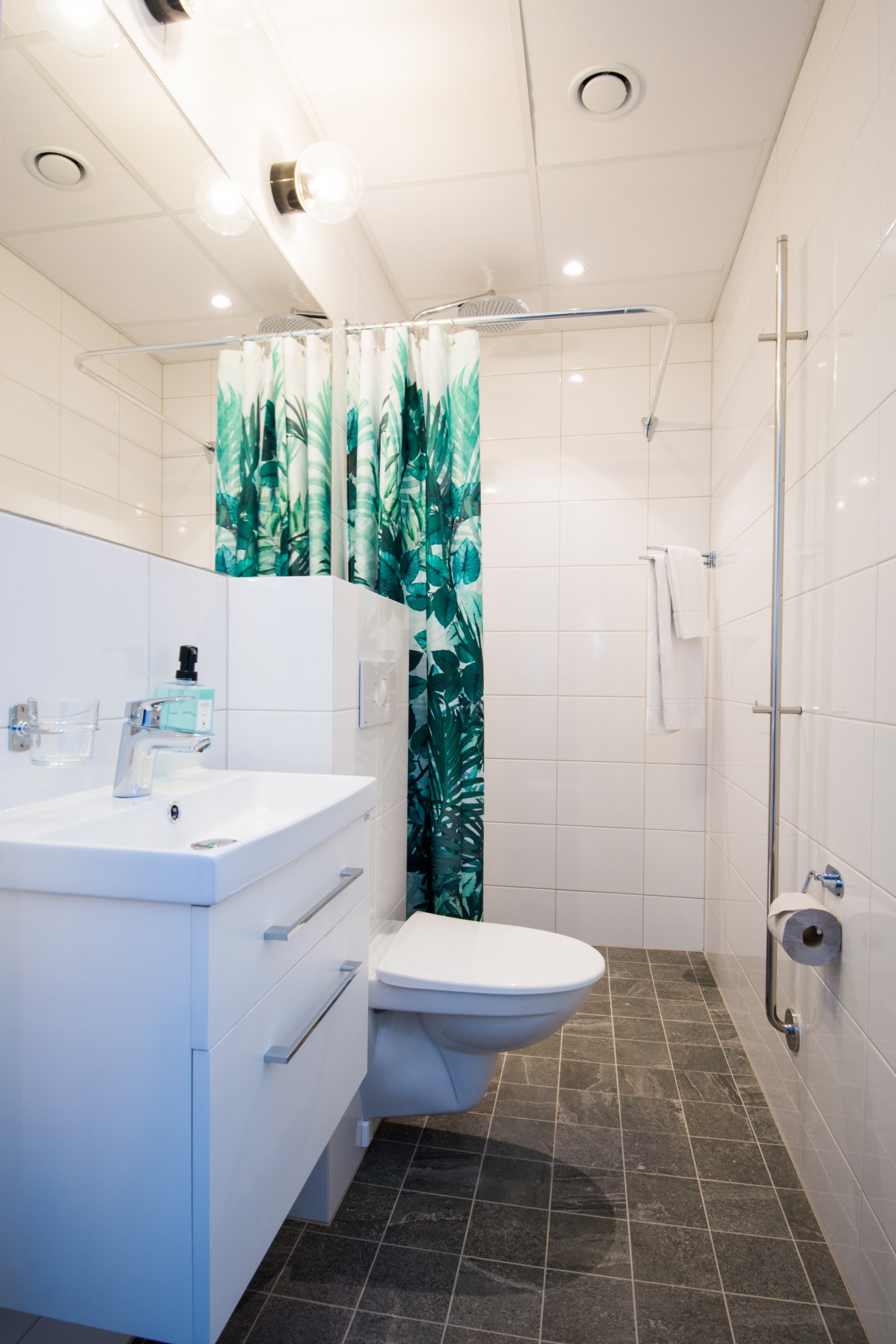 Bathroom at Voltavagen Apartment - Citybase Apartments