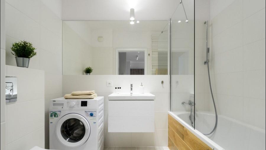 Shower at Apartments Soho Factory - Citybase Apartments