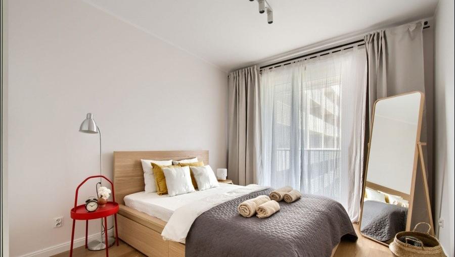 Comfortable bed at Apartments Soho Factory - Citybase Apartments