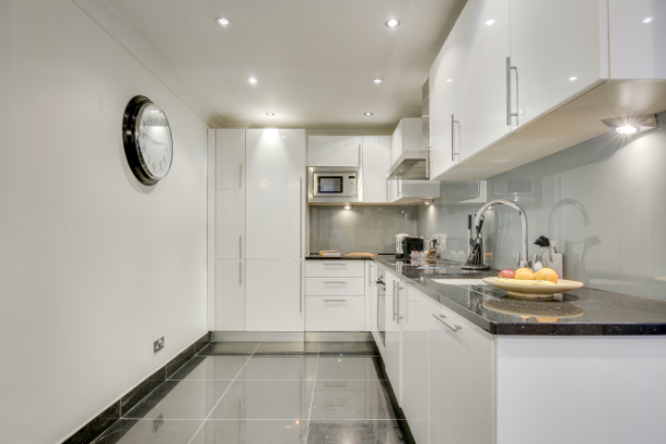 Clean kitchen at Lexham Gardens Apartments - Citybase Apartments