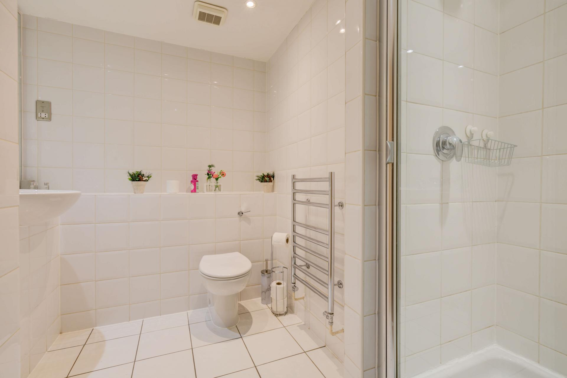Shower at Town Meadow Apartment - Citybase Apartments