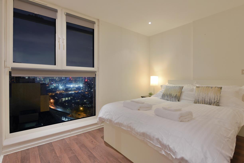 Bedroom at Oxygen Apartments - Citybase Apartments