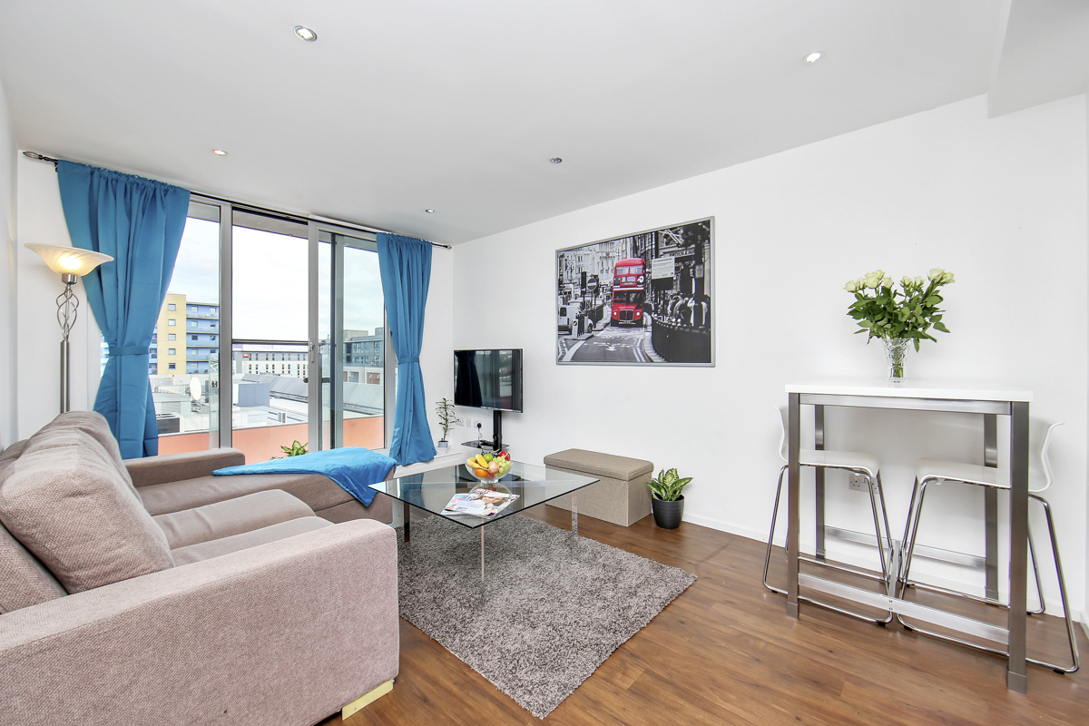 Spacious living room at Oxygen Apartments - Citybase Apartments