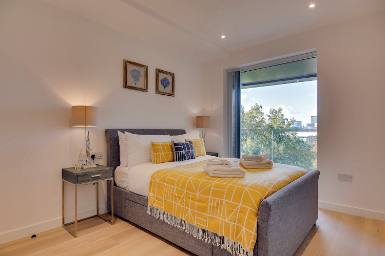 Bedroom at Emerson Court Apartments - Citybase Apartments