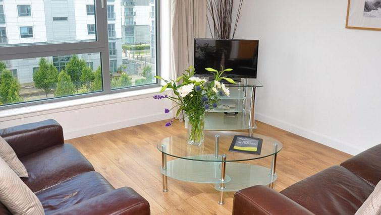 Living room at cean Serviced Apartments - Citybase Apartments