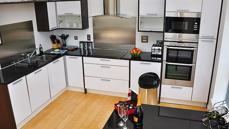 Executive kitchen at Ocean Serviced Apartments - Citybase Apartments