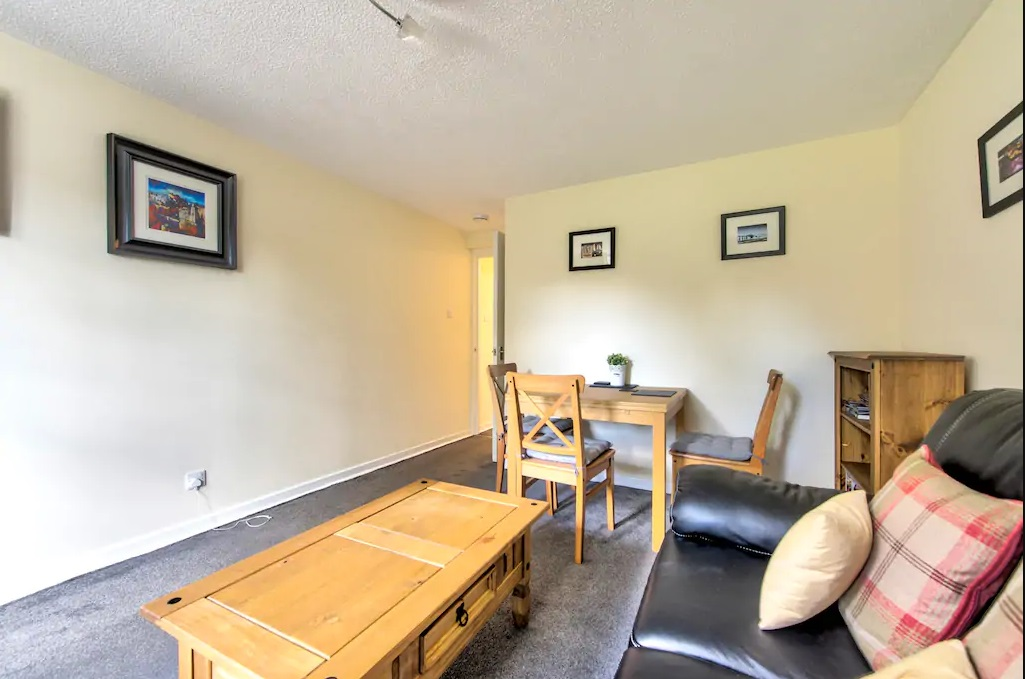 Coffee table at Castle Wynd South Apartment - Citybase Apartments