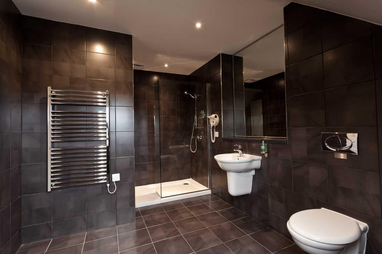 Bathroom at Skene House Rosemount Apartments - Citybase Apartments