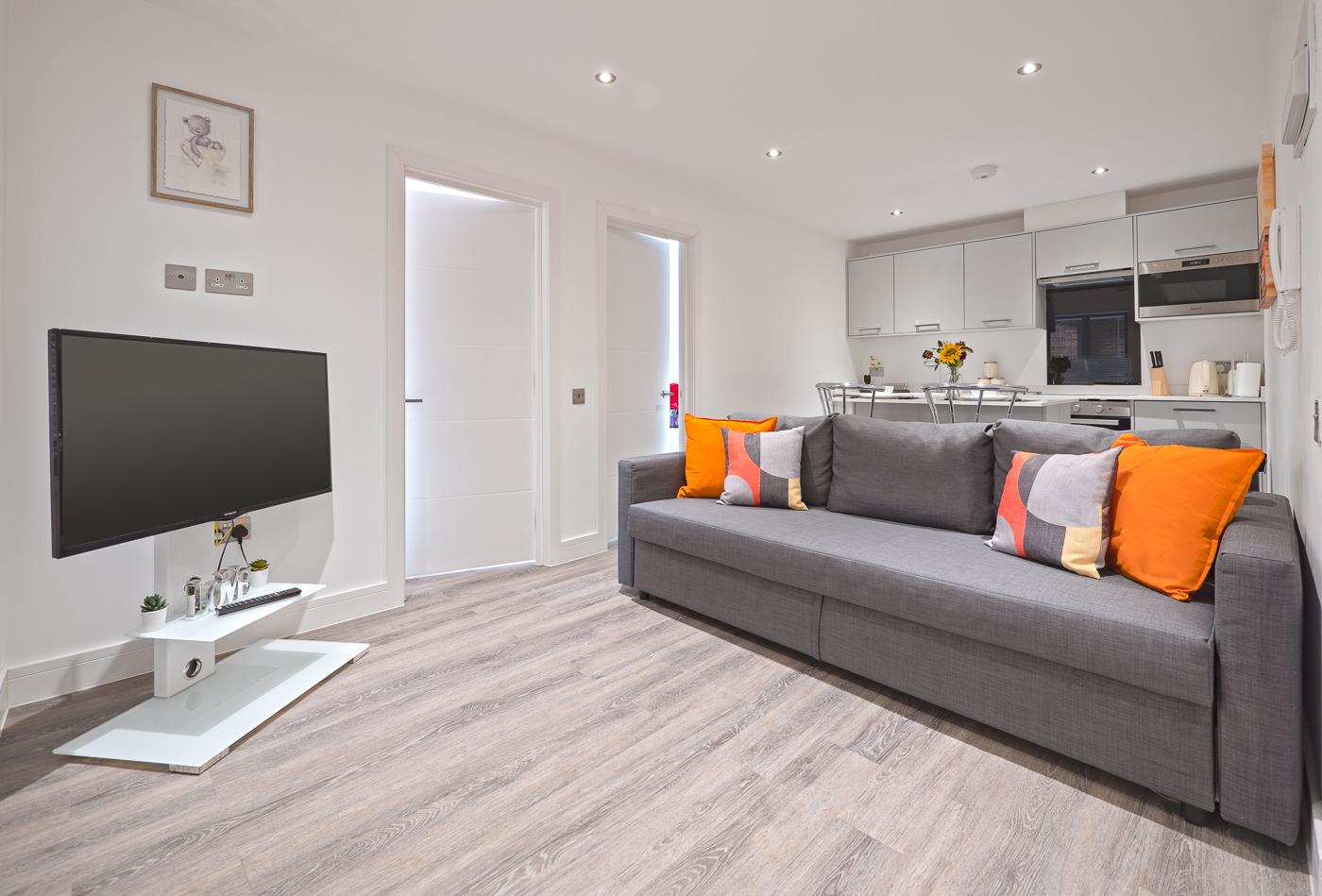 TV at Kings Lodge Apartments - Citybase Apartments