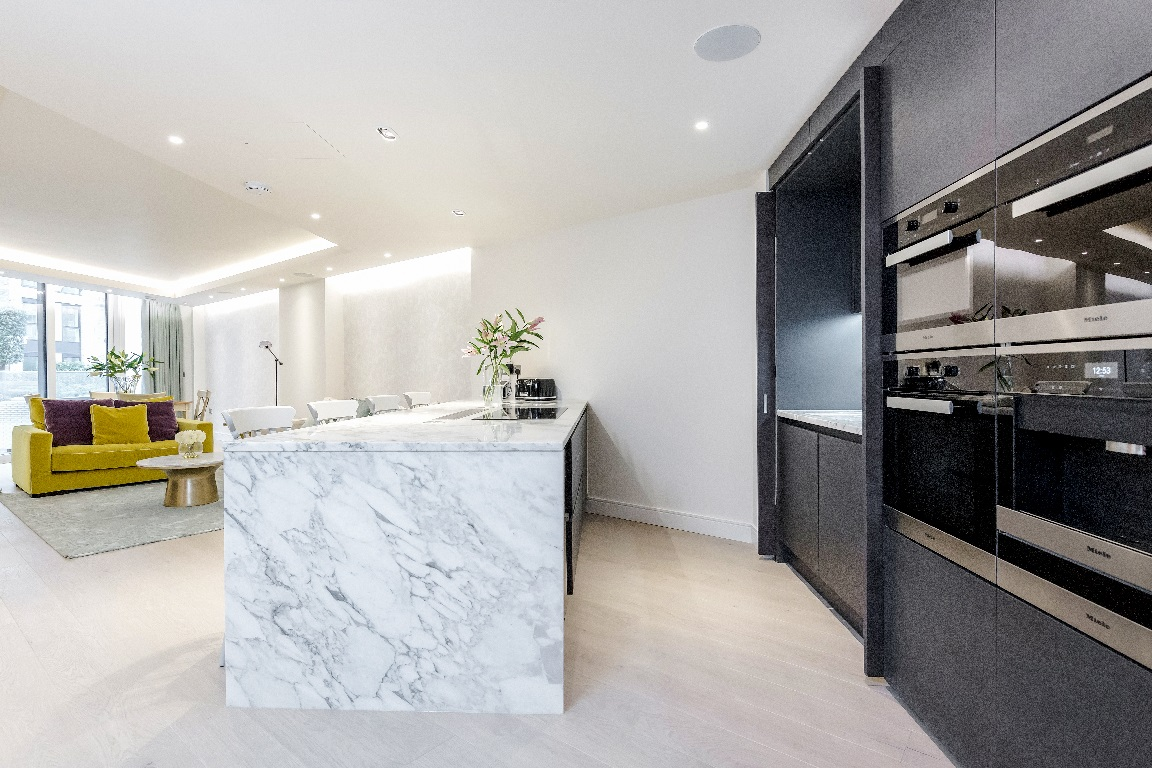 Island at The Chelsea Pads, Imperial Wharf, London - Citybase Apartments