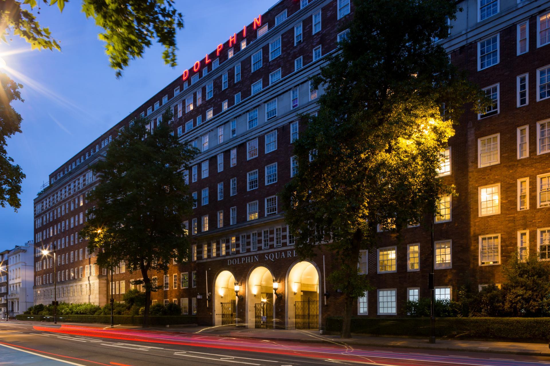 Exterior - Dolphin Square, Pimlico, London - Citybase Apartments