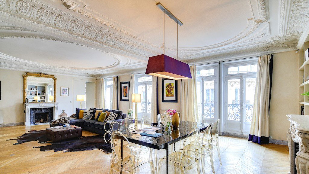 Living room at Montaigne Apartments - Citybase Apartments