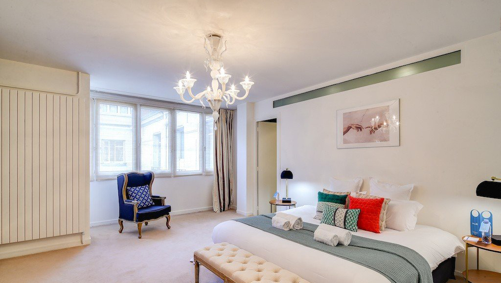 Bedroom at Montaigne Apartments - Citybase Apartments