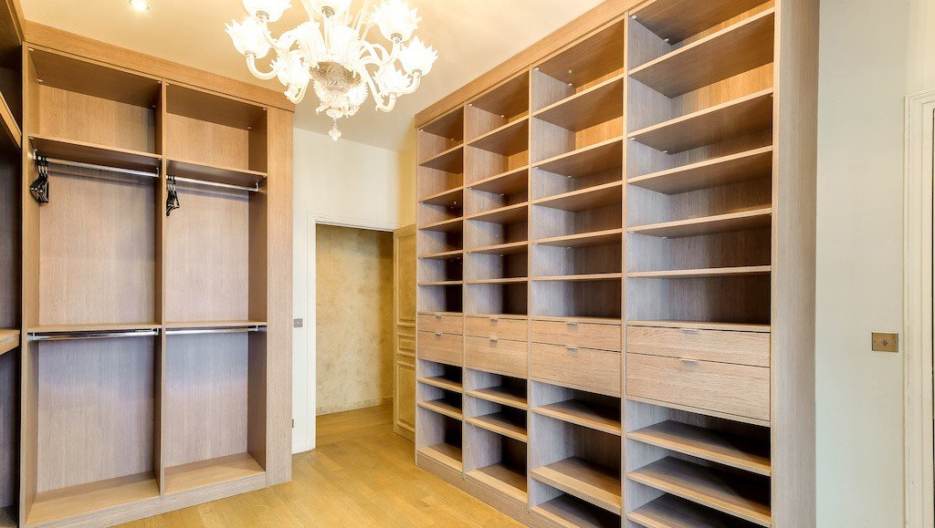 Storage at Montaigne Apartments - Citybase Apartments