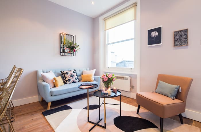 Stylish living room at Notting Hill Serviced Apartments - Citybase Apartments