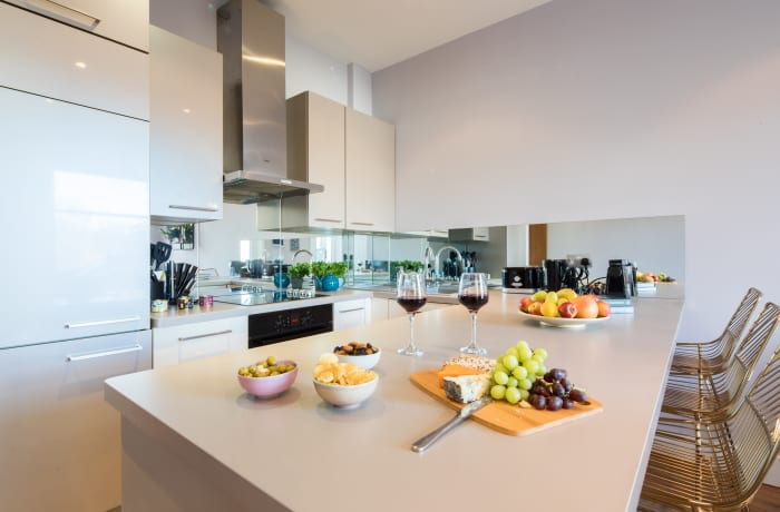 Kitchen at Notting Hill Serviced Apartments - Citybase Apartments