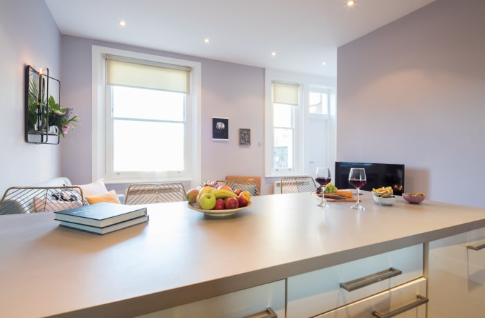 Modern kitchen at Notting Hill Serviced Apartments - Citybase Apartments