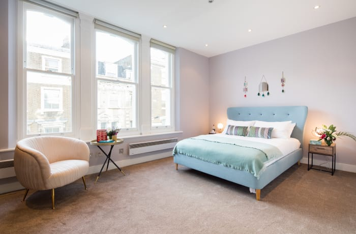 Bedroom at Notting Hill Serviced Apartments - Citybase Apartments