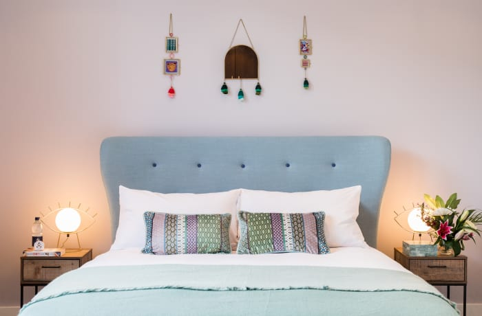 Stylish bedroom at Notting Hill Serviced Apartments - Citybase Apartments