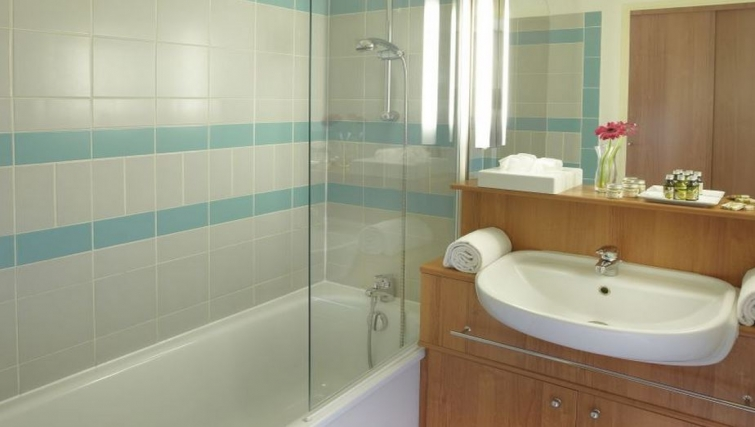 Bathroom in Citadines Antigone Apartments - Citybase Apartments