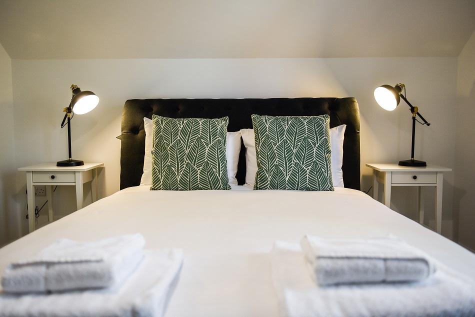 Bedroom at Hamilton Lodge - Citybase Apartments