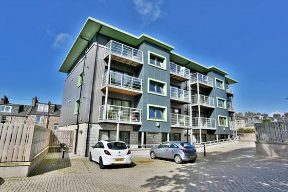 Exterior at Oldmill Road Apartments - Citybase Apartments