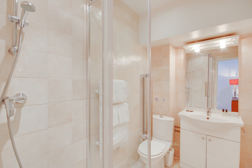 Bathroom at Rue Jean-Jacques Rousseau Apartment - Citybase Apartments