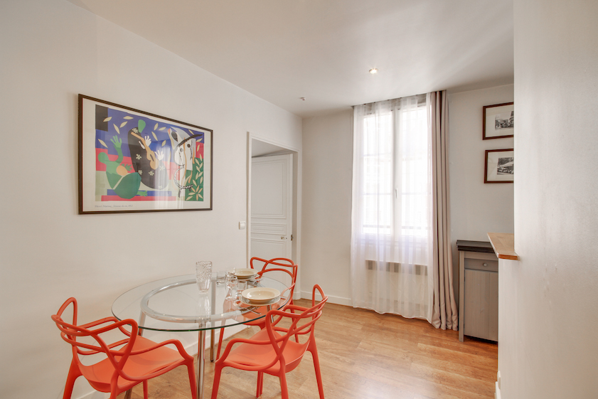Kitchen facilities at Rue Jean-Jacques Rousseau Apartment - Citybase Apartments