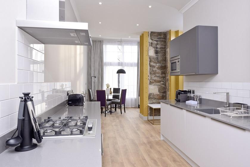 Stove at Charlotte Square Apartments - Citybase Apartments