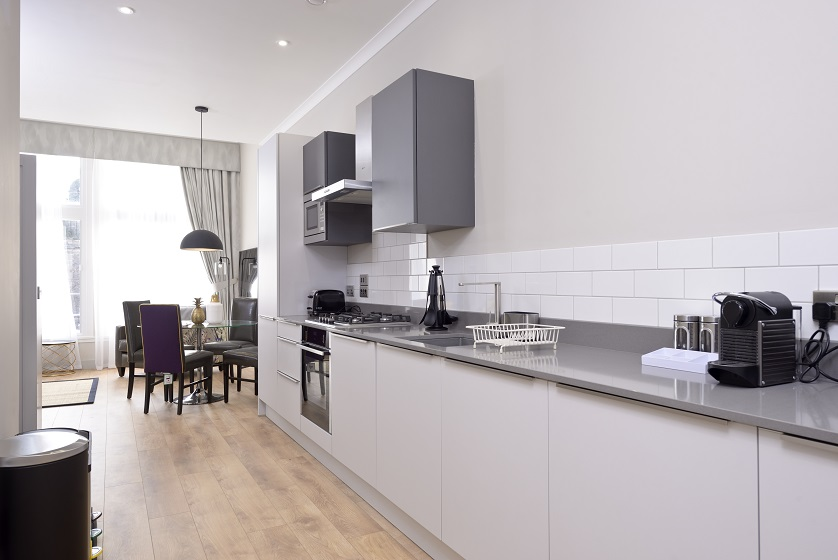 Clean kitchen at Charlotte Square Apartments - Citybase Apartments