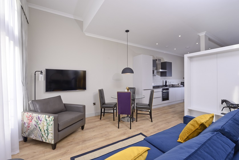 Large lounge at Charlotte Square Apartments - Citybase Apartments