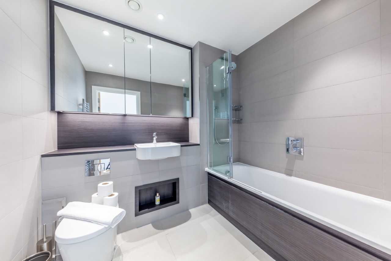 Bathroom at Camden St Pancras Way Apartment - Citybase Apartments