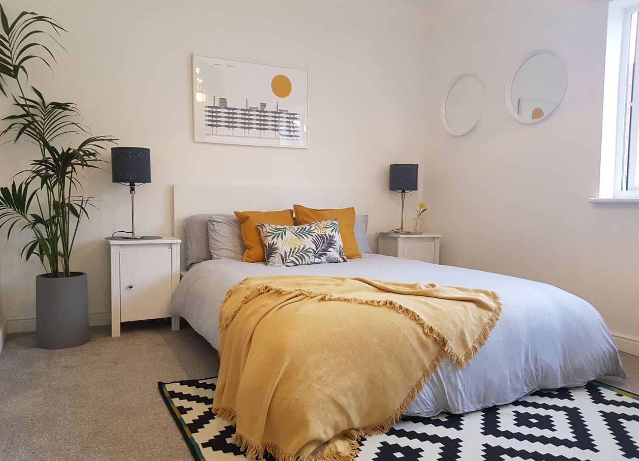 Bedroom at Upper Crown Street Apartments - Citybase Apartments