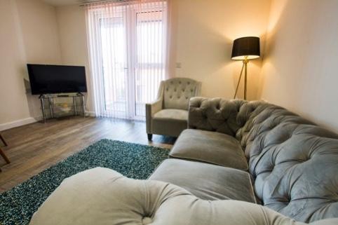 Living room at Charles Hope Southampton City Apartments - Citybase Apartments