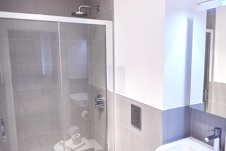 Shower at Canada Water Apartments - Citybase Apartments