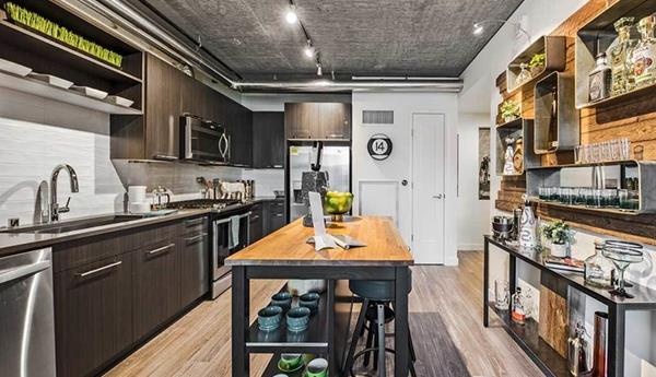 Kitchen at AMLI Arc Corporate Housing - Citybase Apartments