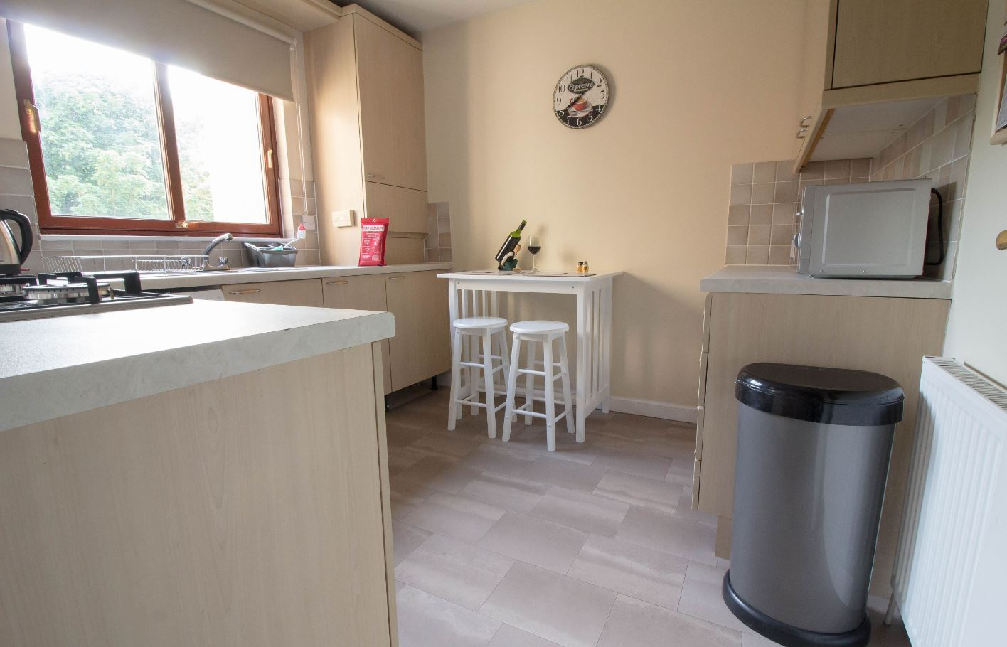 Kitchen area at South Groathill Serviced Apartment - Citybase Apartments