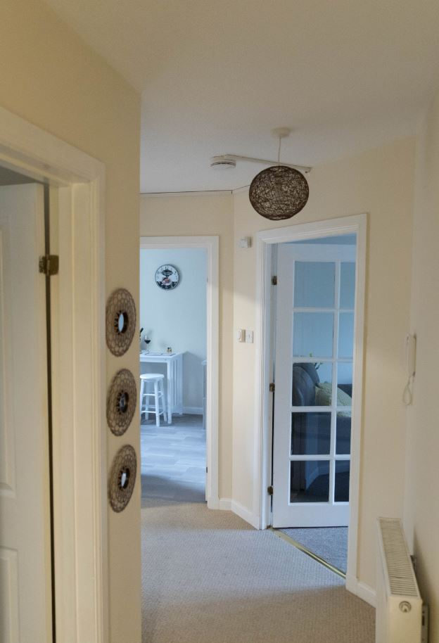 Hallway at South Groathill Serviced Apartment - Citybase Apartments