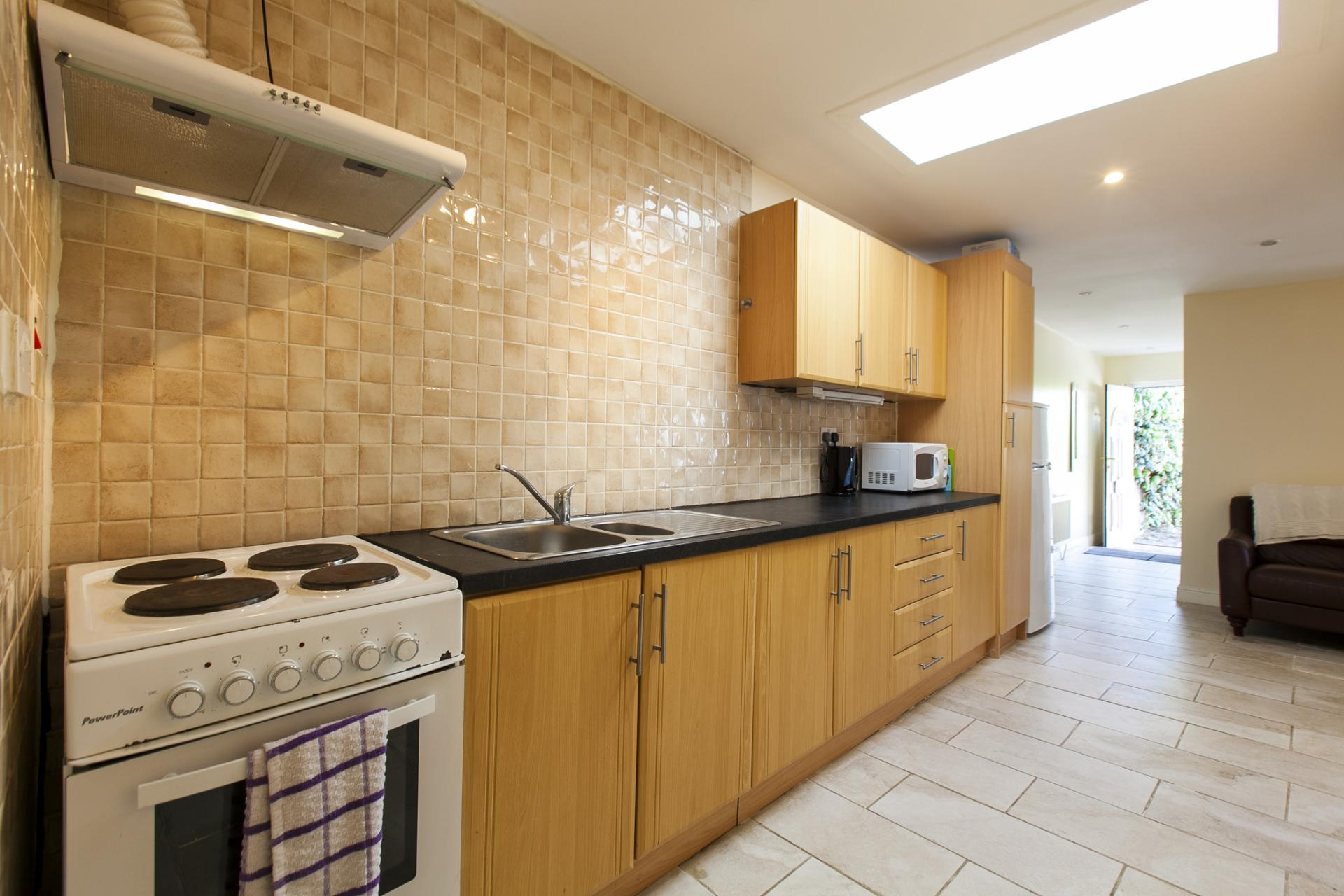 Kitchen at Tyrconnell Road Apartments - Citybase Apartments