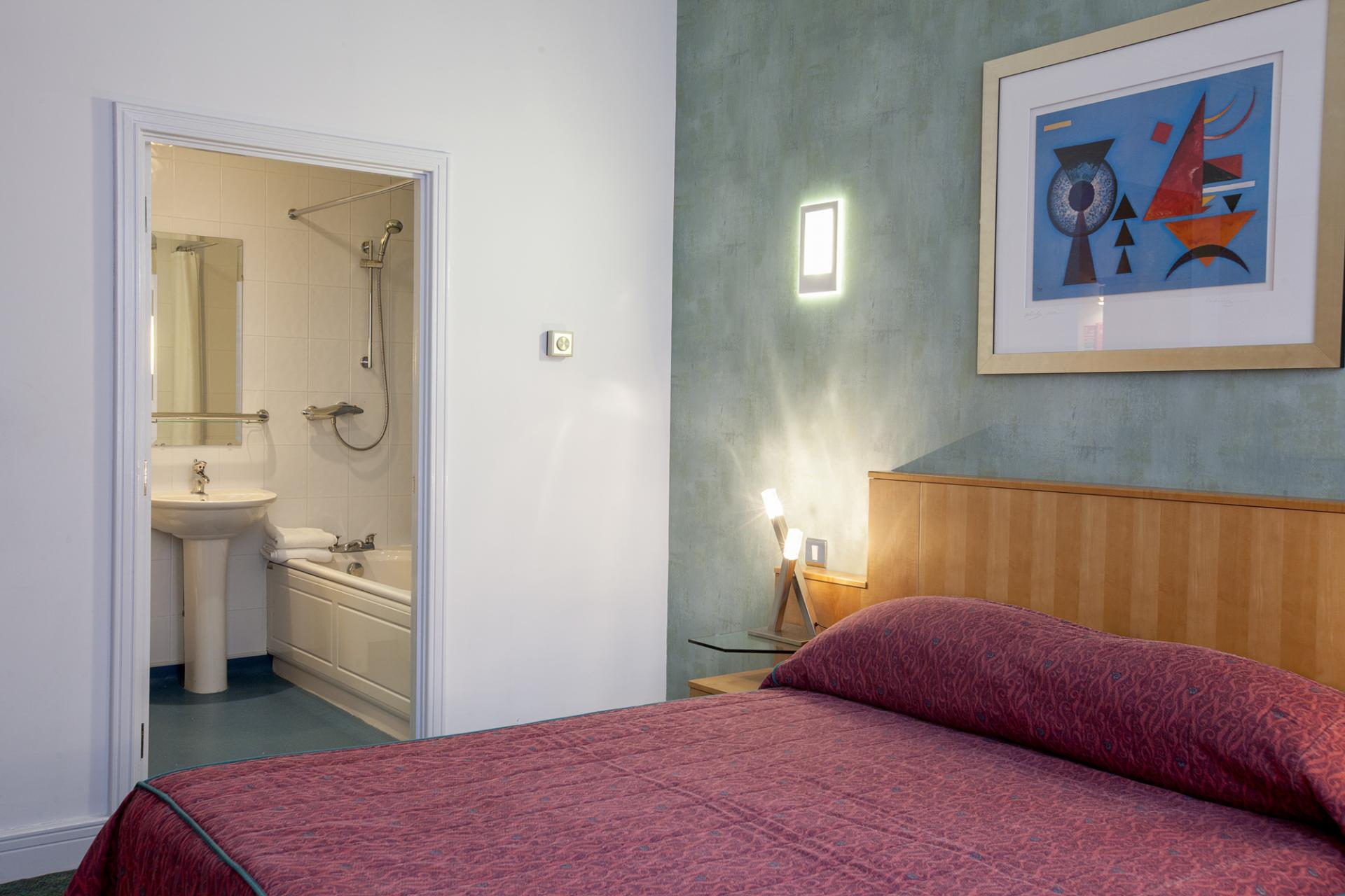 Comfortable bedroom at Pilcher Gate Serviced Apartments - Citybase Apartments