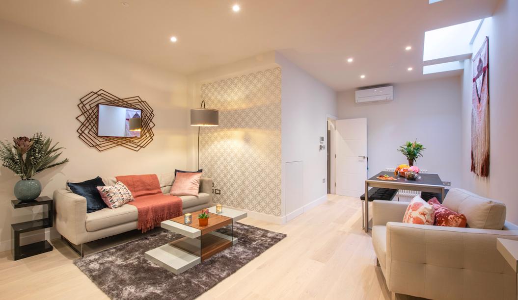 Living room at Kensington High Street Serviced Apartments - Citybase Apartments