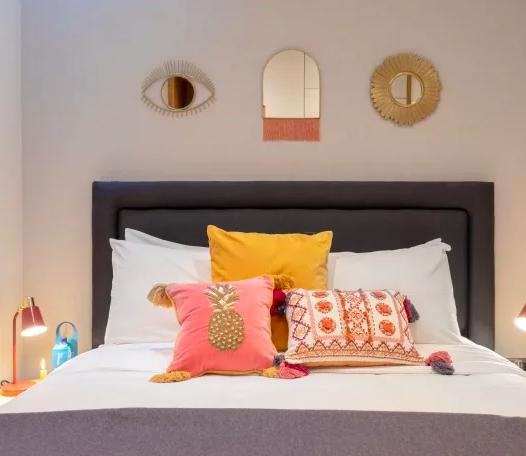 Cosy bedroom at Kensington High Street Serviced Apartments - Citybase Apartments