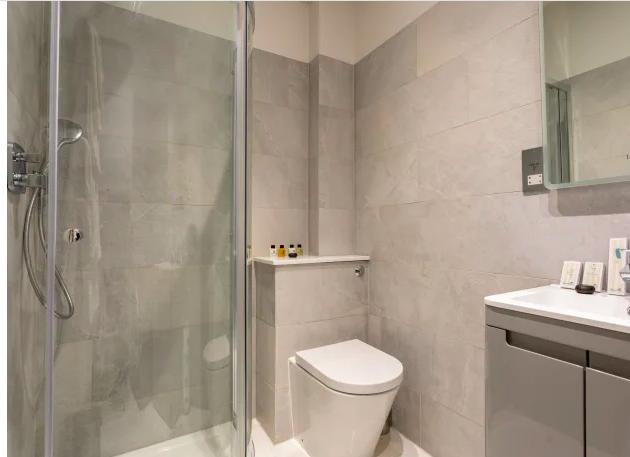 Bathroom at Kensington High Street Serviced Apartments - Citybase Apartments